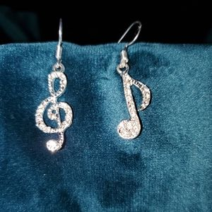 Musical notes Earrings NEW
